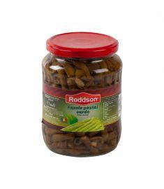 Fasolea păstăi verde Roddson, în borcanul de 720ml este cultivată și preparată în România, cu atenție și grijă pentru a vă oferi un deliciu culinar fără compromisuri. Acest produs nu conține conservanți și este sterilizat.